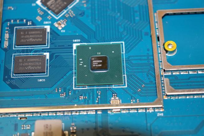 CPU principal del router ASUS RT-AX88U en detalle