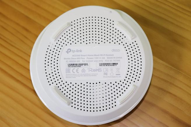 Inferior del nodo Wi-Fi TP-Link Deco M9 Plus