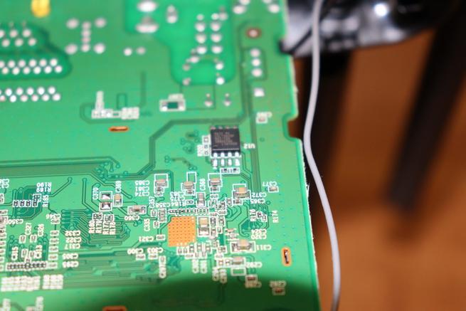 Memoria FLASH del router neutro D-Link DIR-842