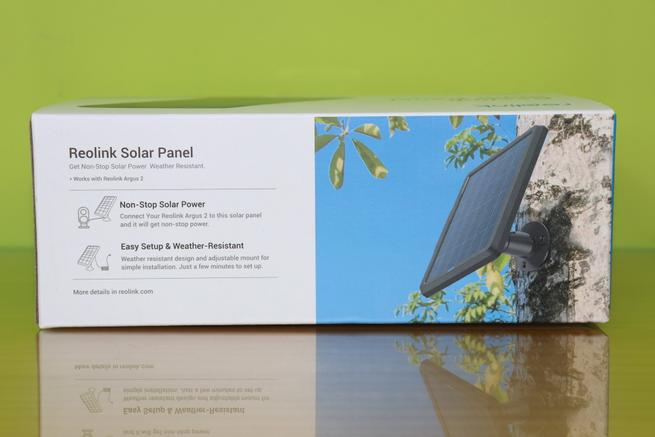 Trasera de la caja del panel solar Reolink Solar Panel