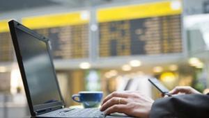 Uno de los lugares más peligrosos para conectarte a Internet es un aeropuerto: esto debes saber