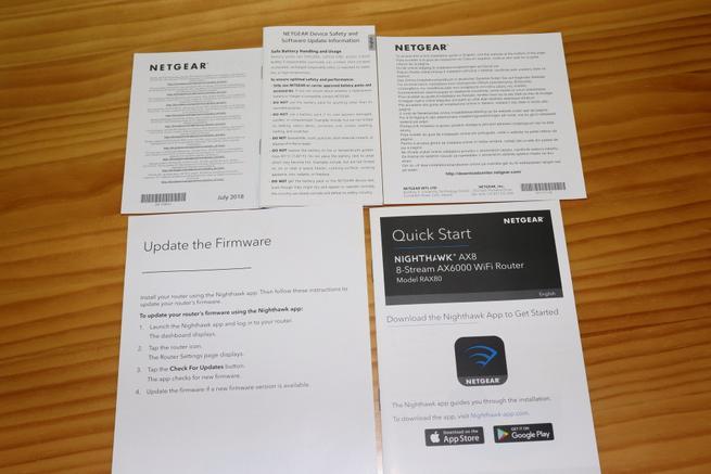 Documentación en detalle del router neutro NETGEAR Nighthawk AX8 RAX80