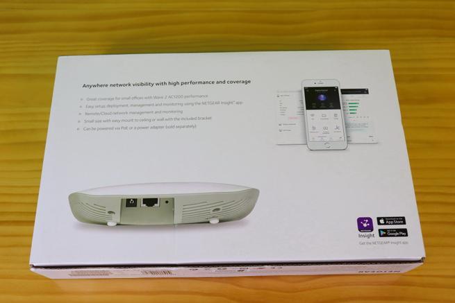 Trasera de la caja del AP profesional NETGEAR WAC505
