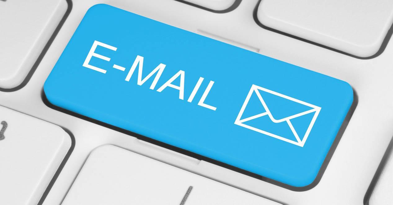 Crear correo con E4ward