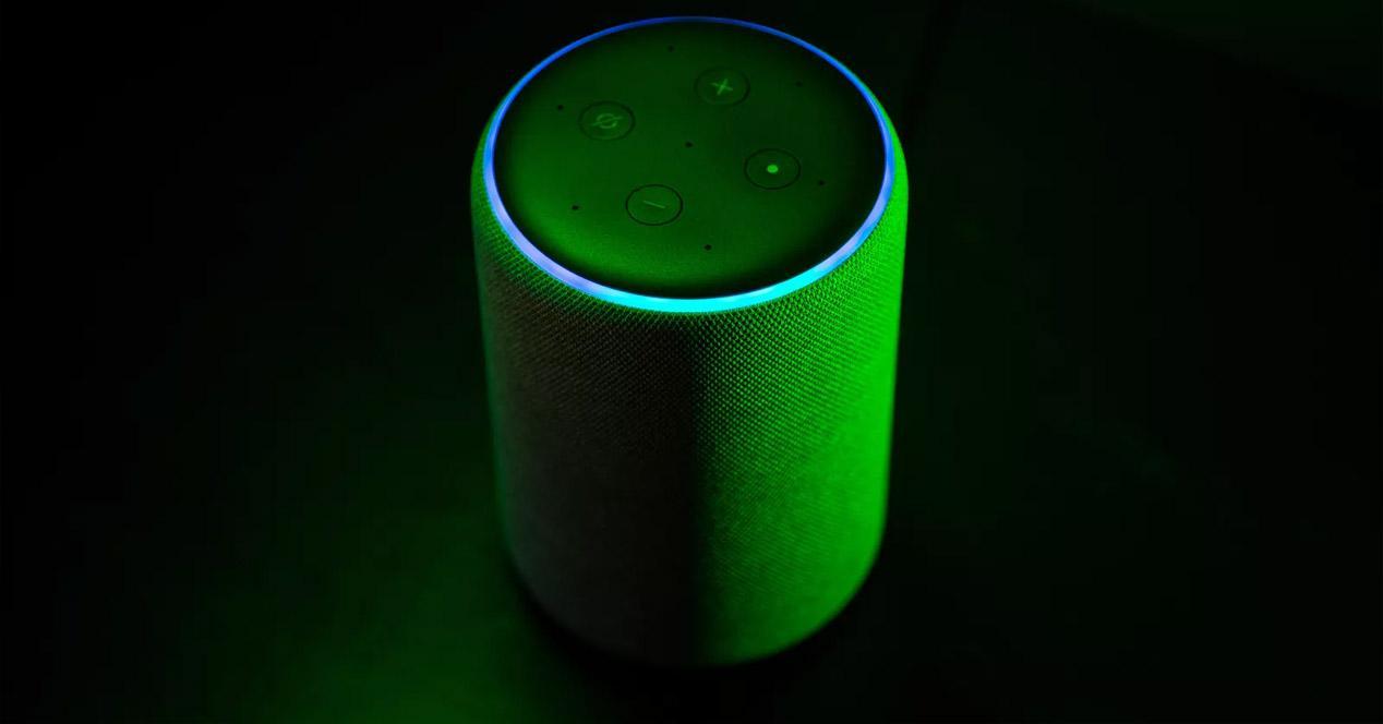 Una vulnerabilidad afecta a Alexa y Google Home