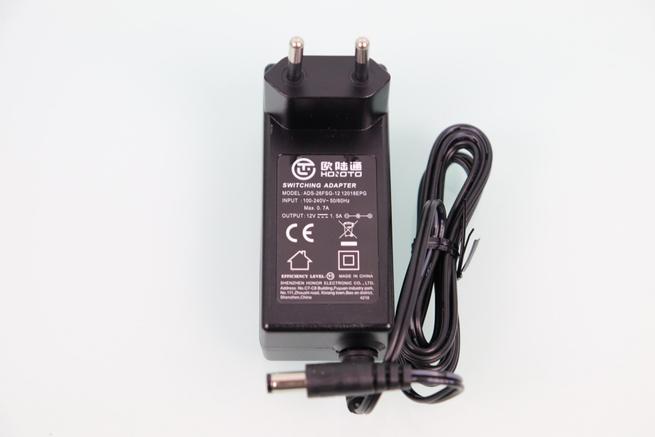 Transformador de corriente del DVR en el ANNKE sistema de videovigilancia 1080p