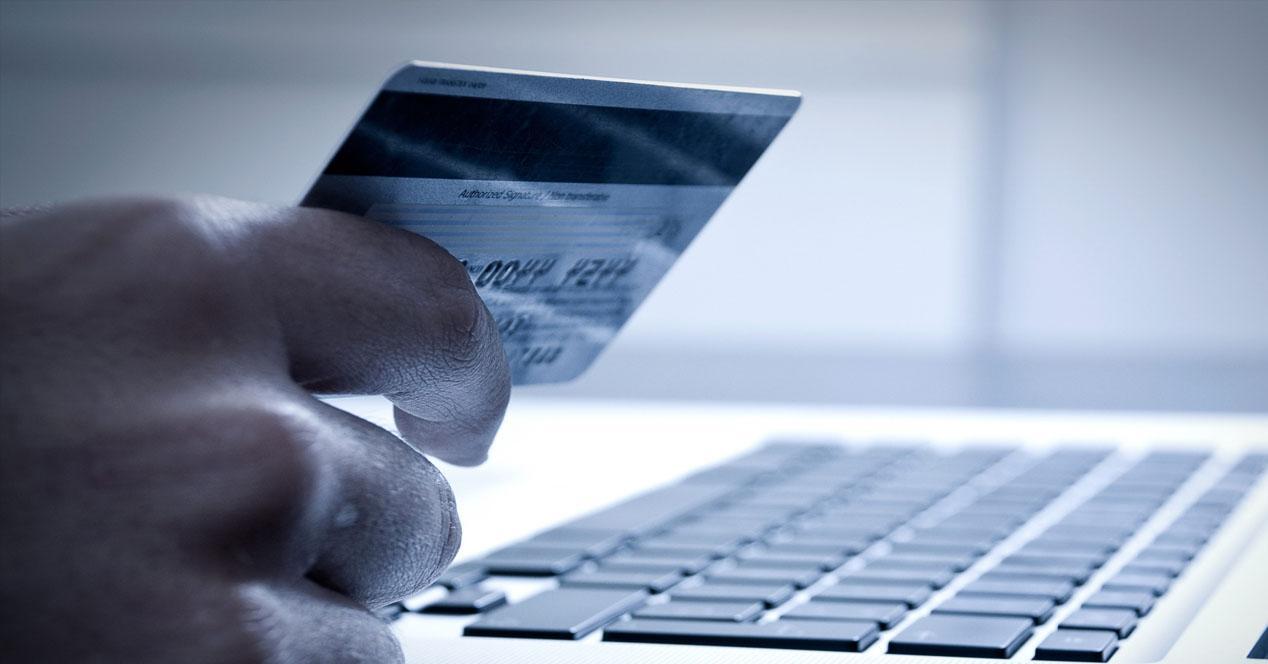 Fraude de tarjetas bancarias