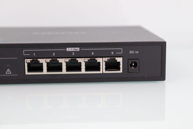 Puertos Multigigabit del switch QNAP QSW-1105-5T